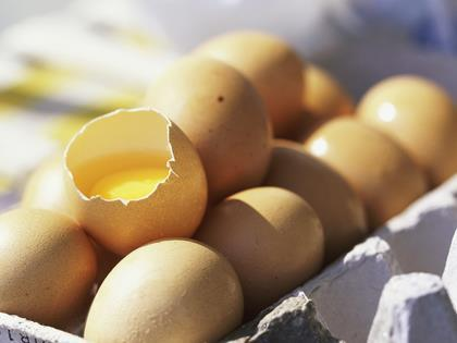 Danes find more tainted eggs in food supply chain