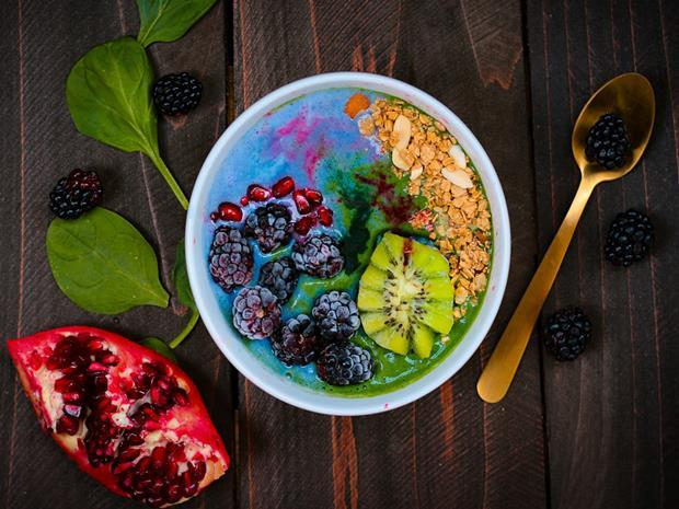 Smoothie bowl healthy eating clean eating