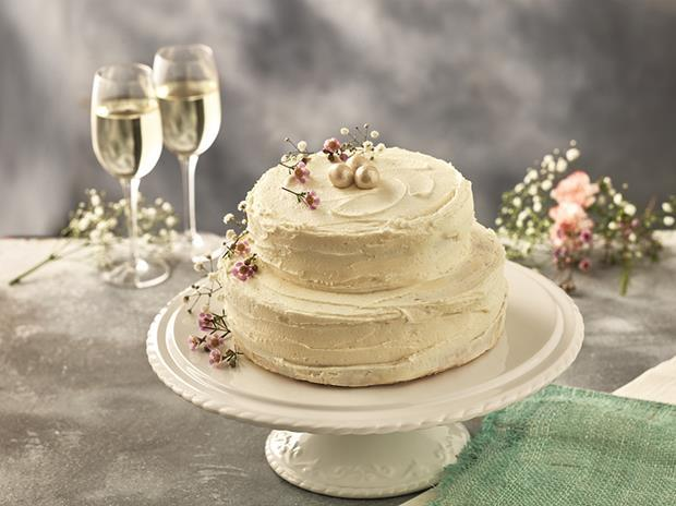 Iceland Royal Wedding Cake web