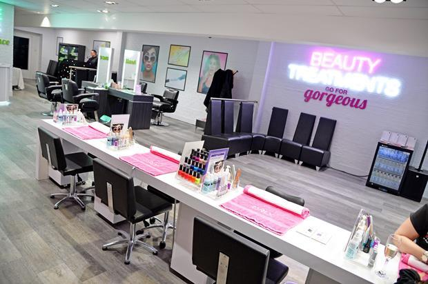 Superdrug Fosse Park beauty treatments - do not use