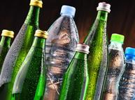 Fizzy soft drinks bottles carbonated co2