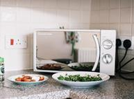 kitchen microwave