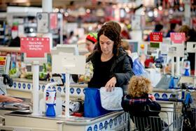 Tesco shopper checkout