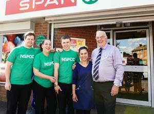 Pic 1 - Employees from Blakemore Retail SPAR St Fagans
