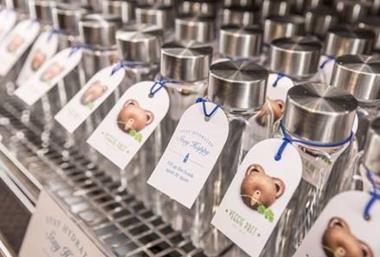 pret reusable glass water bottles