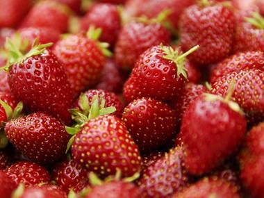 strawberries fruit veg
