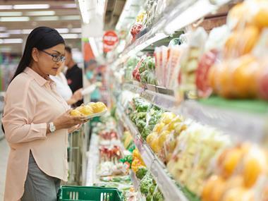 shopper customer fruit and veg packaging
